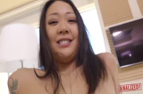 Сайа Сонг одела секс наряд и дико трахнулась в задницу 5