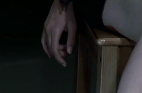 Бойкая Хиллари Скотт резво скачет на писюне верхом 6