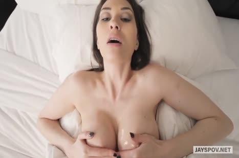 Анджелина Диаманти от первого лица наслаждается сексом 2