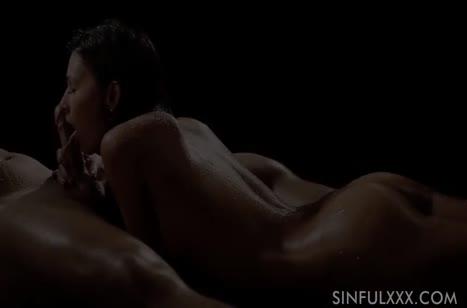 Розалин Роза романтично трахается и получает суперский оргазм 3