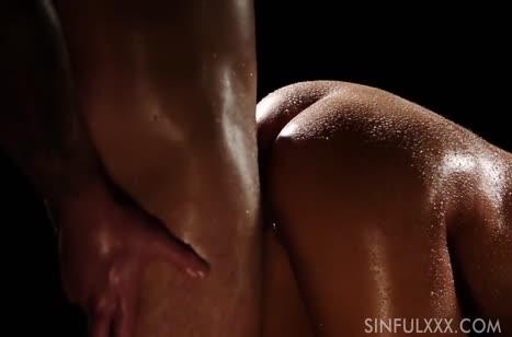 Розалин Роза романтично трахается и получает суперский оргазм 6