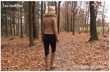 Блондиночку в кожаных штанишках отымели в задницу 3