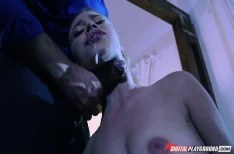 Блондинка Аня Олсен отдается во власть ухажера 2