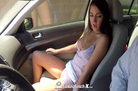 Молодая развратная бабенка хотела на порно кастинг 3