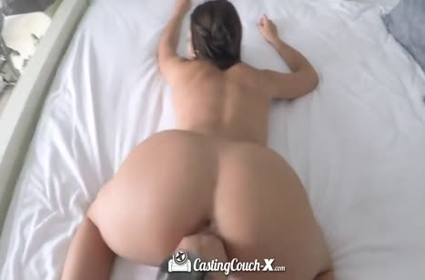 Молодая развратная бабенка хотела на порно кастинг 6